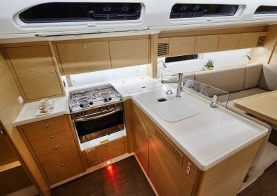 x4-x-yachts-fastsailing-interior10-kitchen