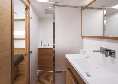 Solaris 68RS Bathroom